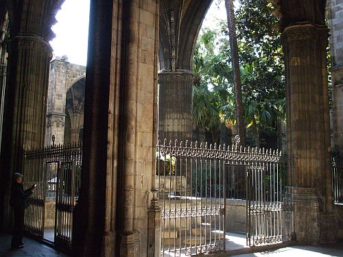 Interior of the cloister of Santes Creu & Eulàlia de Barcelona