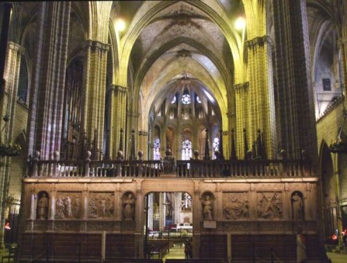 The interior of Sants Creu & Eulàlia de Barcelona, viewed from the nave looking at the choir