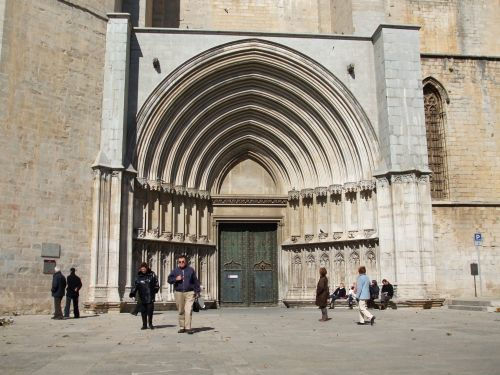 Western portal to the cathedral of Santa Maria in Girona