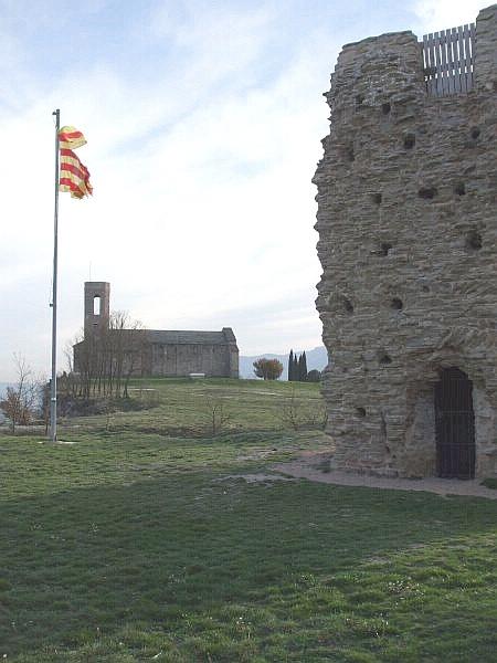 Sant Andreu de Tona and the Castell de Tona