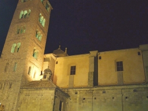 Catedral de Sant Pere de Vic by floodlight