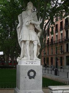 C19th statue of Guifré the Hairy outside the Palacio Real, Madrid