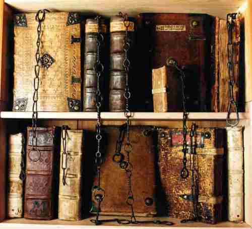 The chained library of Wenchoster Cathedral (so the site claims)