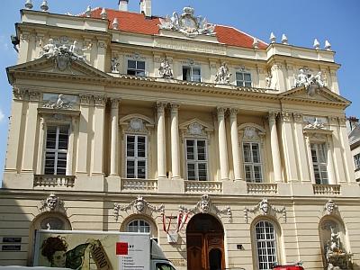 Frontage of the Österreichischen Akademie der Wissenschaften