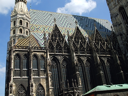 The chancel of the Stephansdom and its roof
