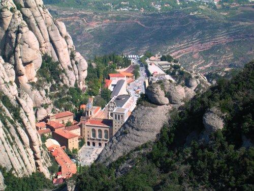Aerial view of Santa Maria de Montserrat, from Wikimedia Commons