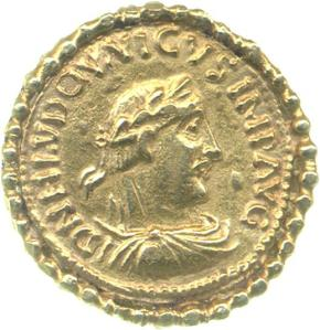 Obverse of gold solidus of Emperor Louis the Pious (814-40), Fitzwilliam Museum, Grierson Collection, PG.8162