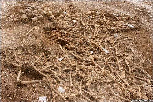 The Ridgeway burial pit containing 51 Viking-age bodies