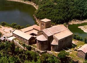 Sant Pere de Casserres, from above