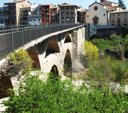 Roman and Romanesque bridge over the River Ter at Roda de Ter