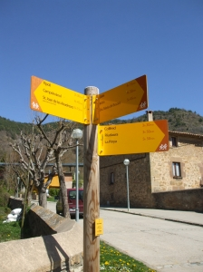 Signposts for the hiking routes from Vallfogona