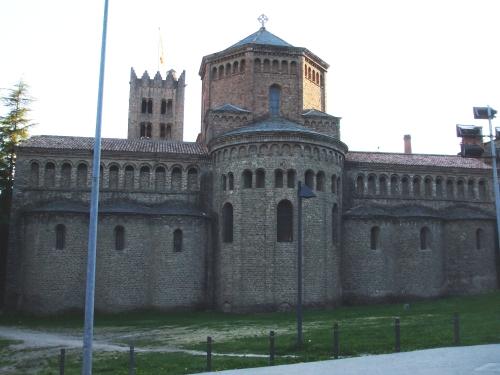 The apse and apsidioles, transept and two of the three towers  of Santa Maria de Ripoll