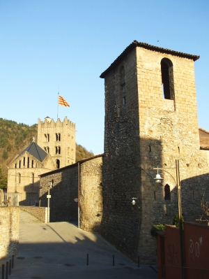 The tower of Sant Pere de Ripoll, with Santa Maria beyond