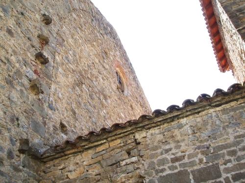 Junction of chancel and nave of Sant Julià de Vallfogona