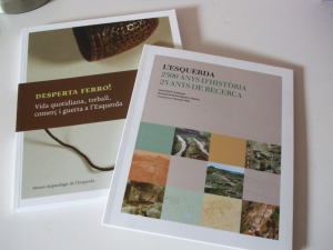 My copies of two books from the Museu Arqueològic de Roda