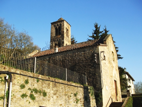 Sant Pere de Savassona in late afternoon sunlight