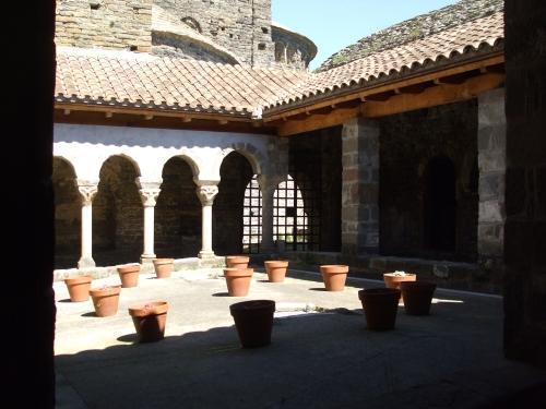 Cloister of Sant Pere de Casserres
