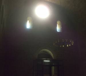 Light and darkness inside Sant Pau del Camp