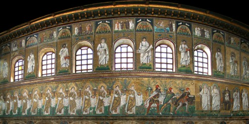 Panoramic view of the parade of female saints in the mural at Sant' Apollinare Nuovo di Ravenna