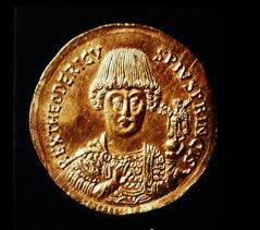 Gold solidus of King Theodoric of Italy