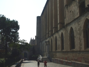North wall of Santia Chiara, Naples