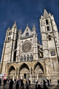 Frontage of León cathedral