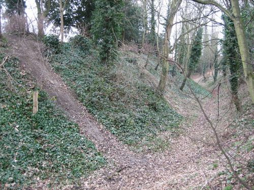 Visible remains of the burh wall at Wallingford, from Wikimedia Commons
