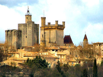 The high castles of Uzés (tours de duché, de l'évêque, and two others)