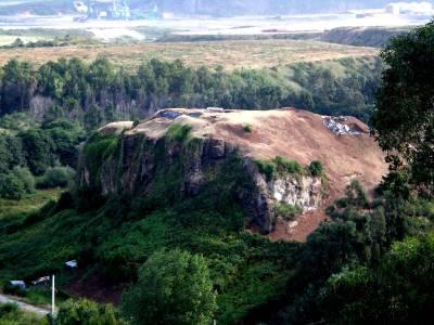 The castle rock of Gauzón