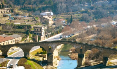 Romanesque bridge across Riu Llobregat at Manresa