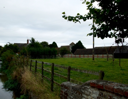 The village of Cuxham in the distance