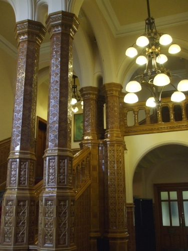 Ornamented pillars in the anteroom of the Great Hall on the main University of Leeds campus
