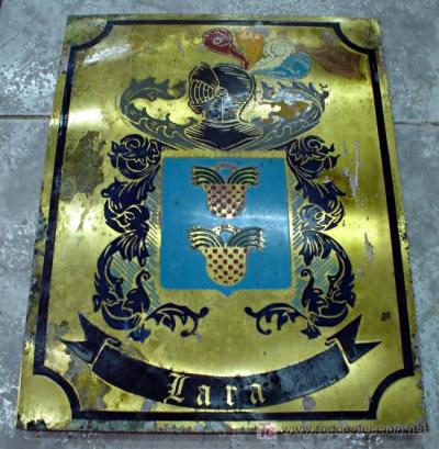 Brass plate bearing the arms of the Lara family