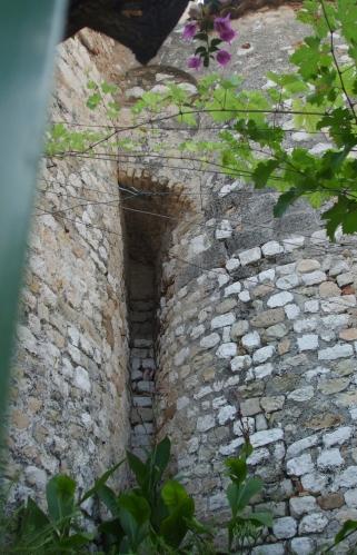 Junction between the apses of the old Ste-Marie de Beaulieu-sur-Mer