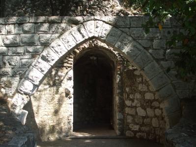Postern gate in the lower precinct of the Château de Nice