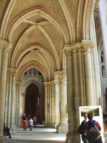 South aisle of Notre-Dame de Lausanne
