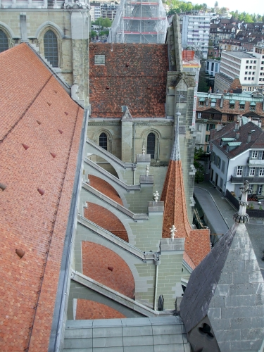 Modern flying buttresses on the side of the nave of Notre-Dame de Lausanne