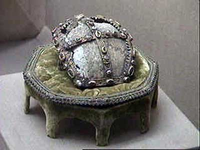 Supposed relic of the skull of St John the Baptist in the Topkapi Palace, Istanbul