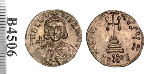 Gold solidus of Emperor Leo III, struck at Constantinople between 717 and 720, Barber Institute of Fine Arts B4506