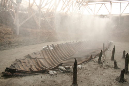 Shipwreck Yenikapı YK14 under conservation in Istanbul in 2007