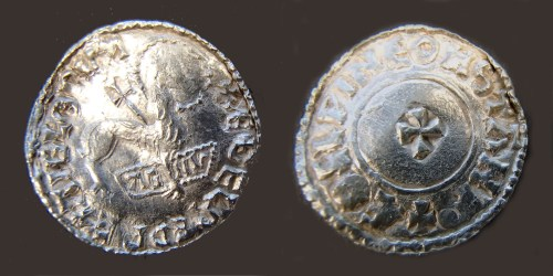 Silver penny of Æthelred II struck by Æthelwine at Stamford around 1009, found at Lenborough, Buckinghamshire, late 2014, a mule of the Lamb of God and Last Small Cross types showing their probably-simultaneous manufacture