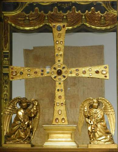 The Cruz de las Angeles, Oviedo Cathedral