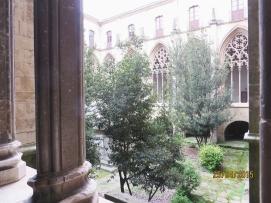 Cloister and garden of Sant Pere de Vic