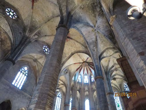 Vaulting between dome and apse in the roof of Santa Maria del Mar, Barcelona