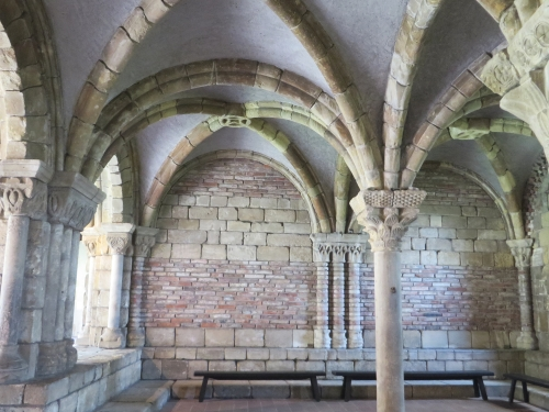 Vaulting and columns from the chapter house of Notre Dame de Pontaut at the Cloisters, Metropolitan Museum of New York