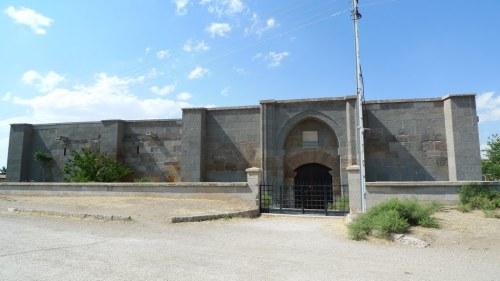 The caravanserai of Kesik Köprü