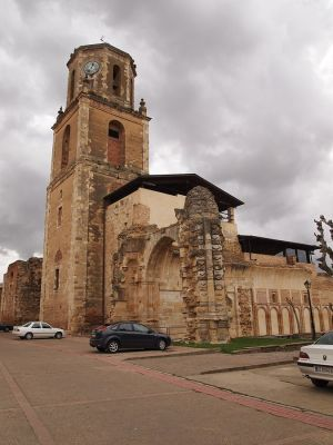 Remains of the church of San Benito de Sahagún, on the site of the earlier monastery