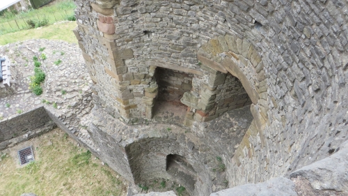 Innards of the remaining tower at Dudley Castle