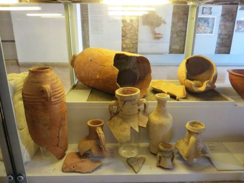 Sixth-century imported kitchenwares on display a few stories above the rubbish pits in which they were found in the Crypta Balbi, Rome