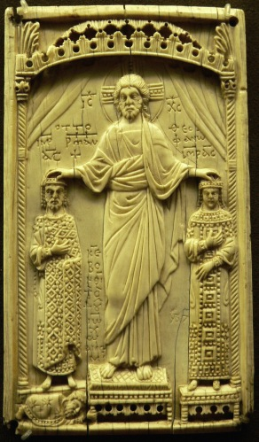 Byantine ivory showing Christ crowning Emperor Otto II and Theophanu in 982, Paris, Musée de Cluny